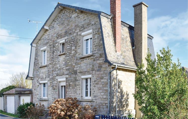 Holiday cottage with 3 bedrooms on 75m² in Saint Cast le Guildo