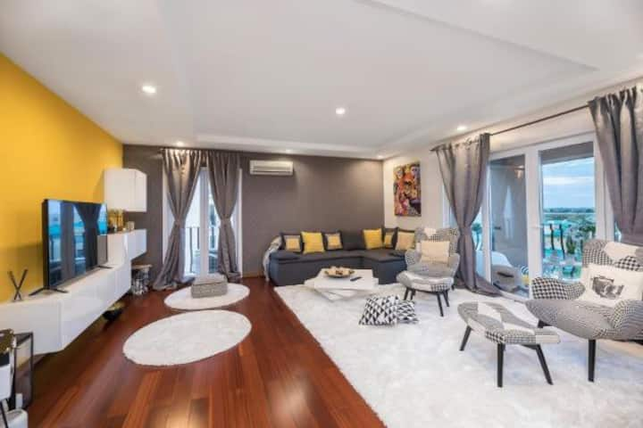 Bucharest Apartments DeLuxe 3