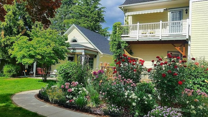 Silverton Cottage at The Mahosky House and Garden
