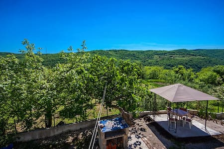Monte Rudina in Central Istria - Motovun - Appartement