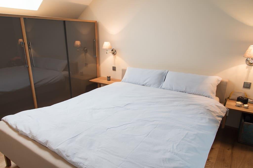 Schlafzimmer 1.
