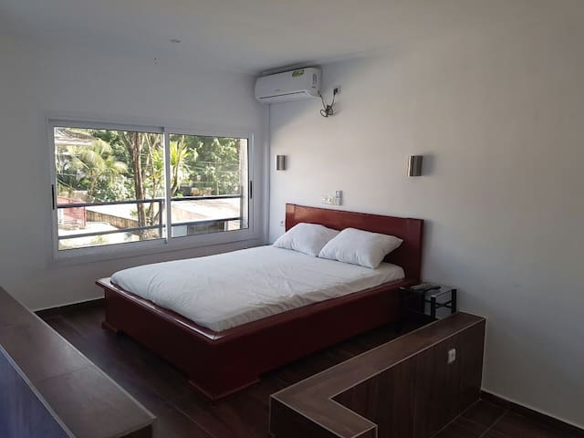 STUDIO FLAT WITH POOL - Douala - Appartement