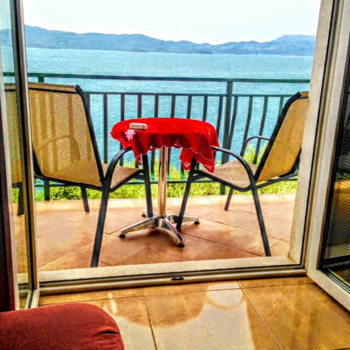 Apartment teraca, 15 m from the sea