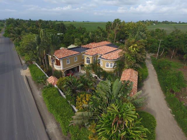 Arcadia de Los Reid's - Dominican Republic