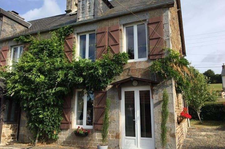 Maison de moineaux,  peaceful haven in Normandy