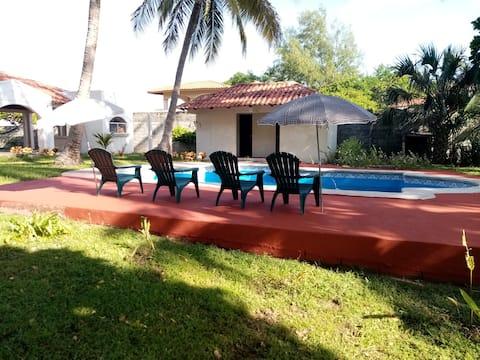"""The Fonseca Gulf Experience"" La Ceja Beach House"