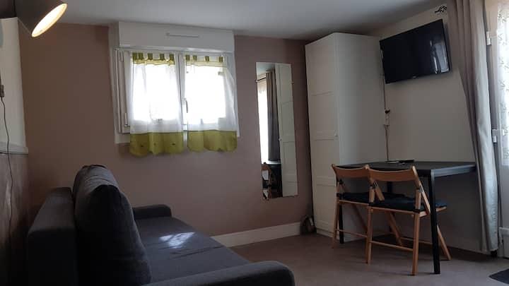 Les Contines 4 studio dans maison individuelle