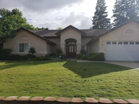 Gorgeous home near  Kern River/Canyon