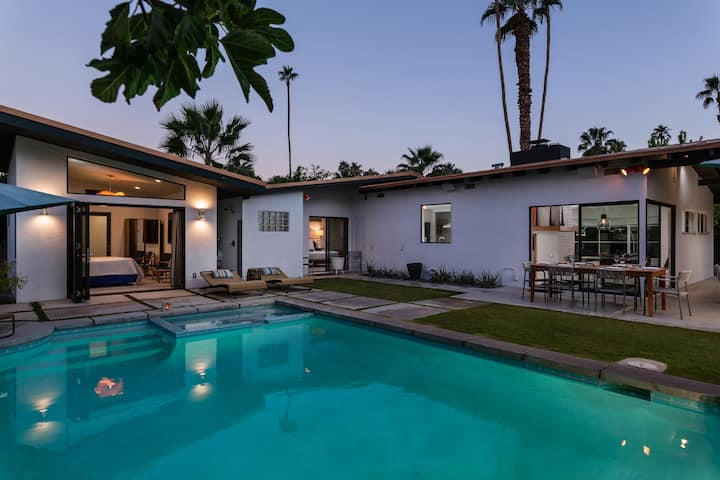 Palm Springs Perfection with Private Casita