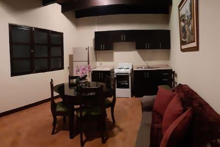 Precioso Apartamento en El Panorama Antigua
