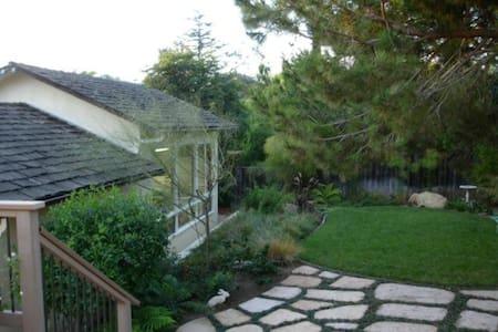 Studio offering King & Twin - Santa Barbara