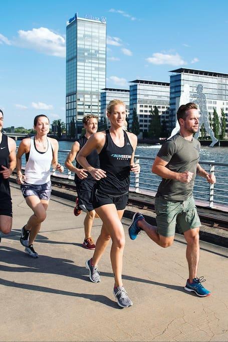 Running Tour Berlin Central 10km