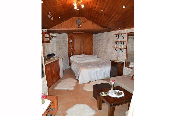 Czarina Cabin Caesarea - Lägenhet