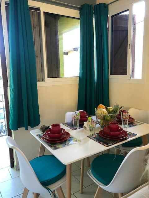 Appartement  neuf meublé et climatisé Parking Priv