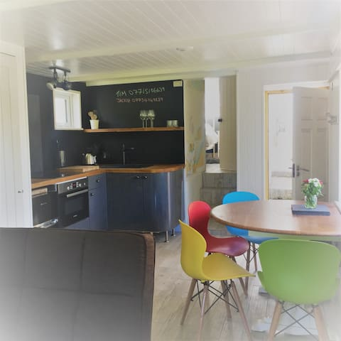 The Boat House, Carbis Bay, St Ives - Carbis Bay - Apartment