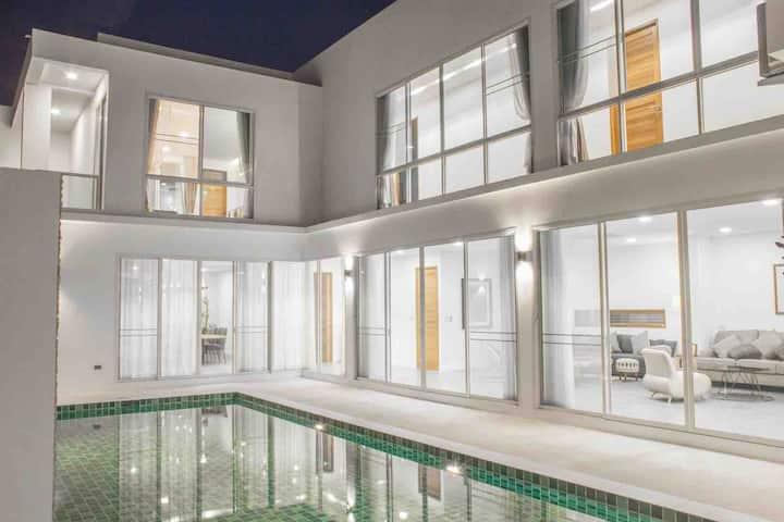 清迈古城Navia超级奢华北欧风私人泳池别墅CentralFestival附近中文服务免费接送机服务