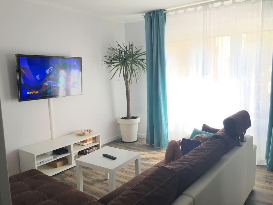 appartement avec draps wifi clim appartements louer. Black Bedroom Furniture Sets. Home Design Ideas
