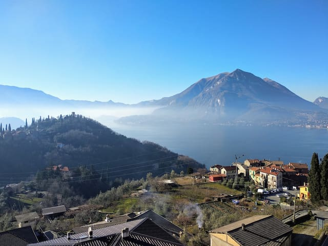 Casa Blu: refurbished, amazing view - Lake Como