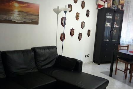 Confortevole Appartamento - Vezzano Ligure - Apartemen