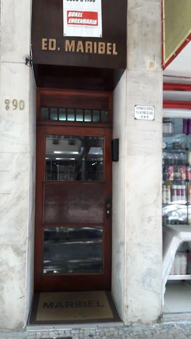 Entrance at Prado Junior 290
