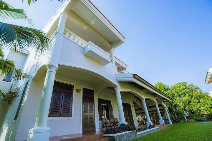 Villa 4 bedrooms near beach Muine, Phan Thiet