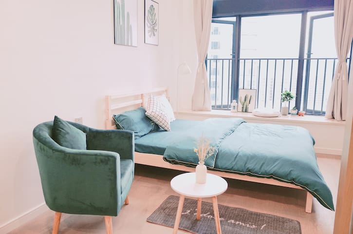 SACO Green |复式LOFT |双床|热带绿林| 绿色设计|拱北口岸&近港澳