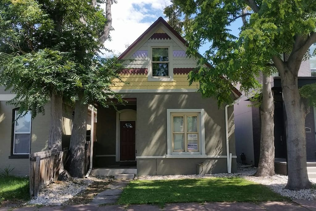 Lovely Two Bedroom Two Bath House With Backyard Houses For Rent In Denver Colorado United