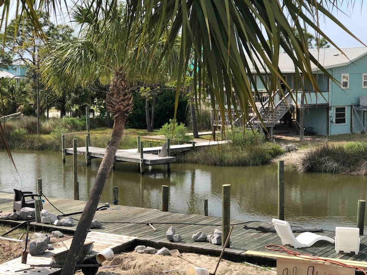 St. George Island Waterfront Apt, Boat Ramp & Dock
