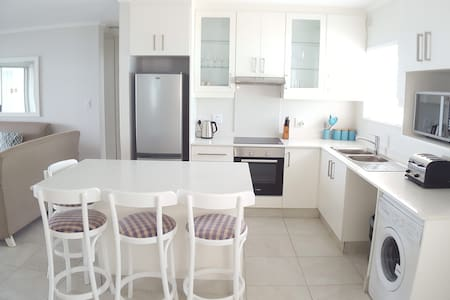 Three Bedroom apartment on Umdloti Beach - Umdloti
