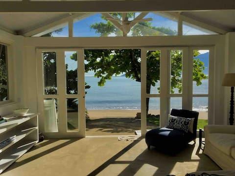 Casa de Barco , pé na areia & charme ...