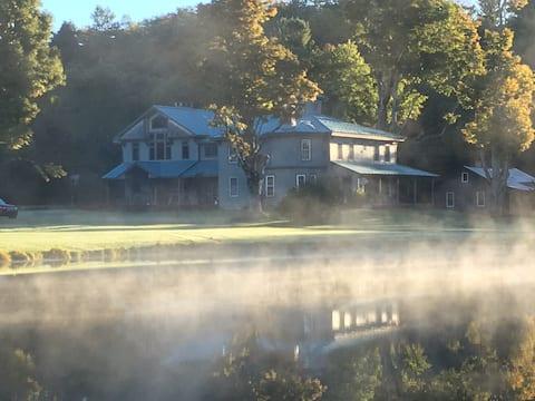 Stony Brook Farmhouse Get Away con 800 acri