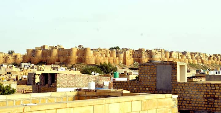 Jaisalmer Maharani Room