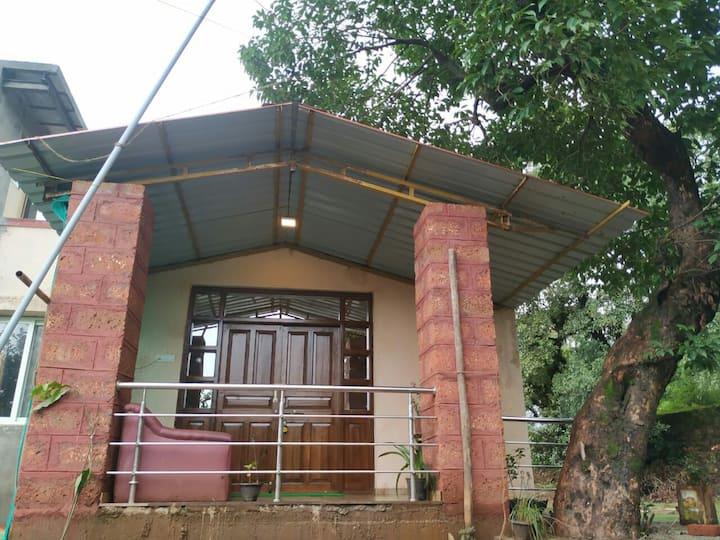 Mahabaleshwar: 4 BHK Villa / Garden  & valley view