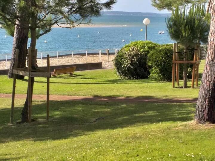 Studio accès direct à la plage coeur du Moulleau