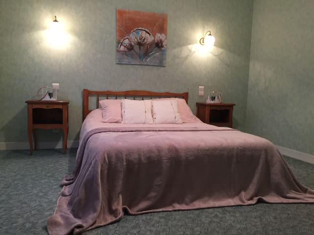 Domaine de Lascaux - Room 2 Double Bed