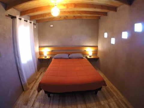 Habitación c/baño privado.Central.#3