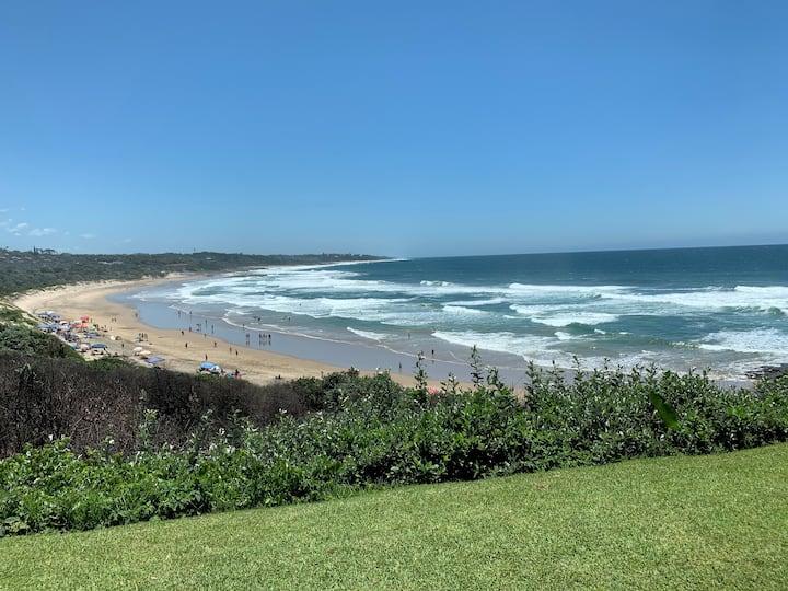 Breakerview Bay. Sea view blue flag beach.