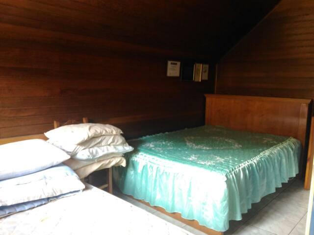 Quarto para 3 pessoas em Antônio Prado - RS