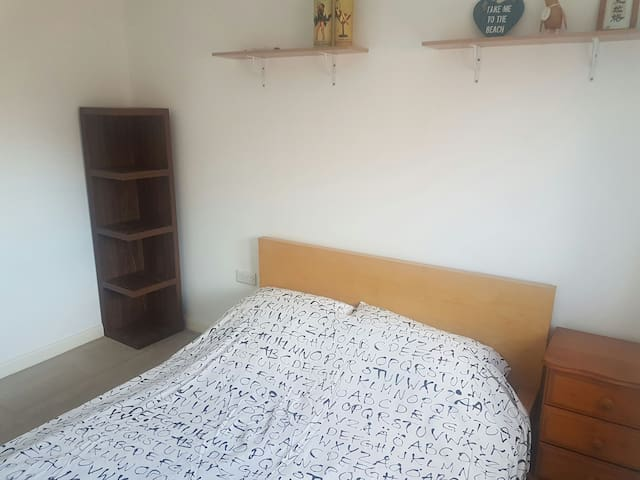 Double bedroom with private bathroom - Peacehaven - Huis