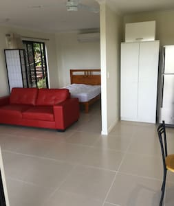 Private studio unit - self contained - Maroochy River - Daire