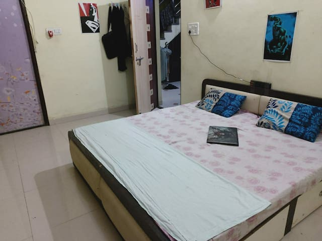 Comfy & Friendly stay   peaceful & charming