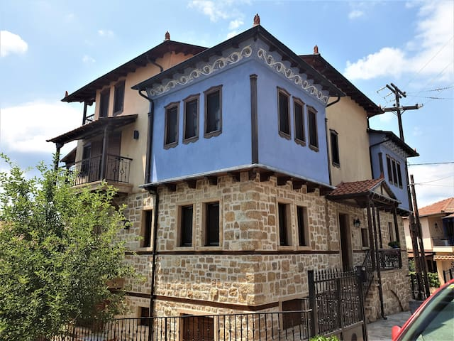 Your stunning Halkidiki mansion!