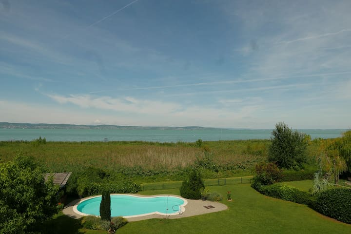 Water View Apartment With Terrace&Pool At Balaton