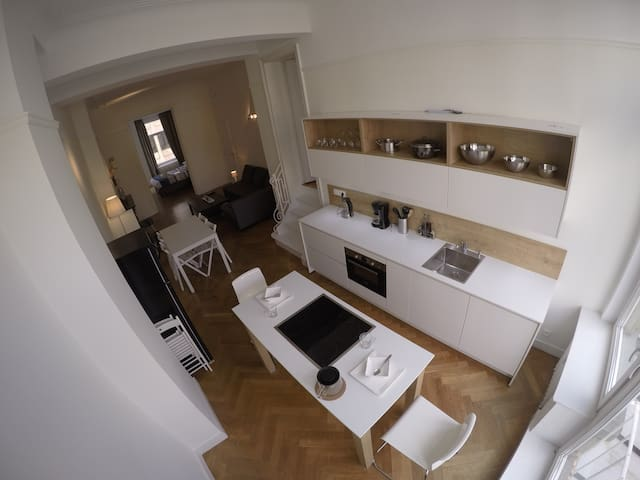New bright apartment in Brussels center