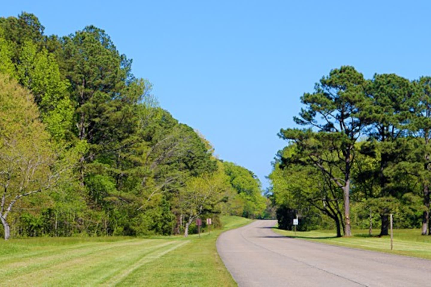Property backs up to the Colonial Parkway, which is a short walk away from the property take a bike ride or a walk
