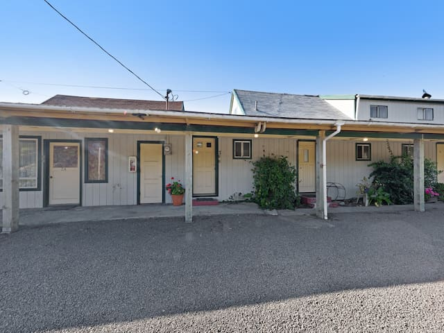 NEW LISTING! Oceanfront, dog-friendly motel studio w/ beach access and deck!