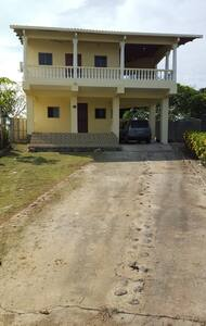 2nd floor Beach House Apartment! - Las Tablas - Haus