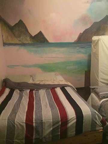 International Traveller Room THC friendly w/HotTub