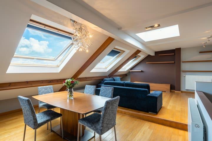 Laeken Duplex Residence - Brussels ( middle terms)