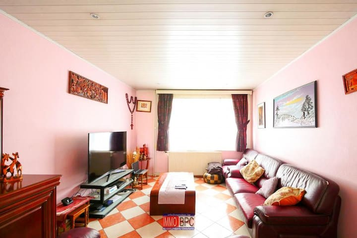 Cosy & spacious privates bedrooms in Brussels.